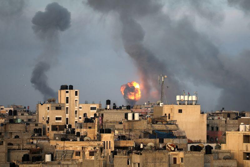 Hamas and Israel step up attacks as Jerusalem unrest ignites Gaza