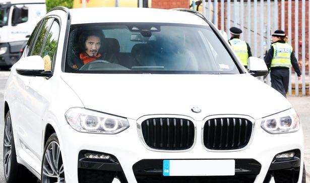 Edinson Cavani arrives at Old Trafford six hours before kick-off