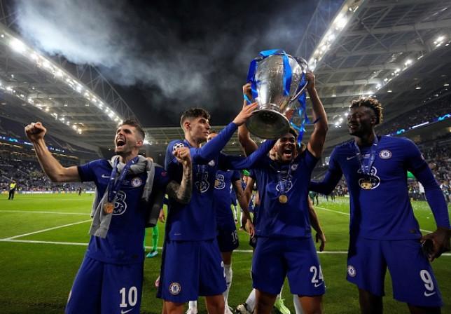 Reece James celebrates Chelsea's brilliant Champions League final victory