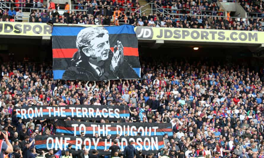 Crystal Palace fans show their support for Roy Hodgson in 2018.