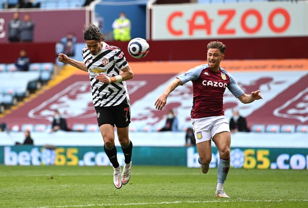 Edinson Cavani scoring Manchester United's third goal against Aston Villa on Sunday