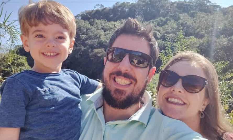Patrick Tedeschi with his wife Ticiana Simmelink and his son Lucas Simmelink Tedeschi.