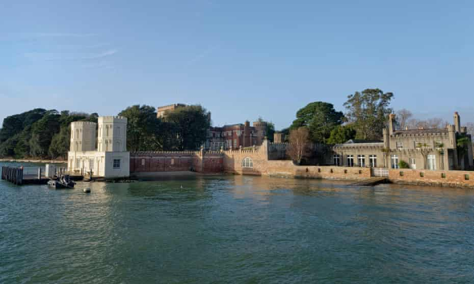 Villano Cafe and landing stage, Brownsea Island