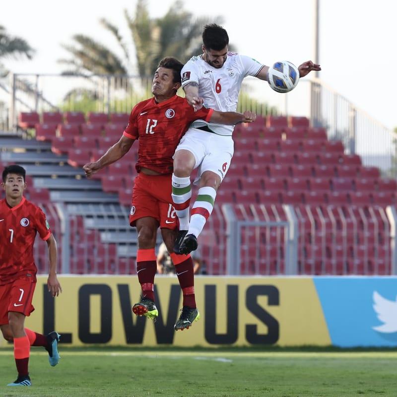 Ricardo Gareca coach of Peru gestures during a match between Peru and Colombia
