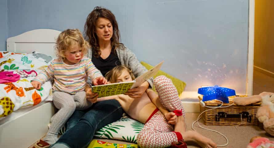Single parent Gemma with children Elsie and Jack