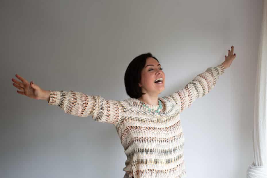 Melike Hussein, accountant-turned-breathwork coach.