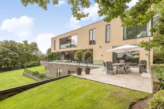 Statons luxury home