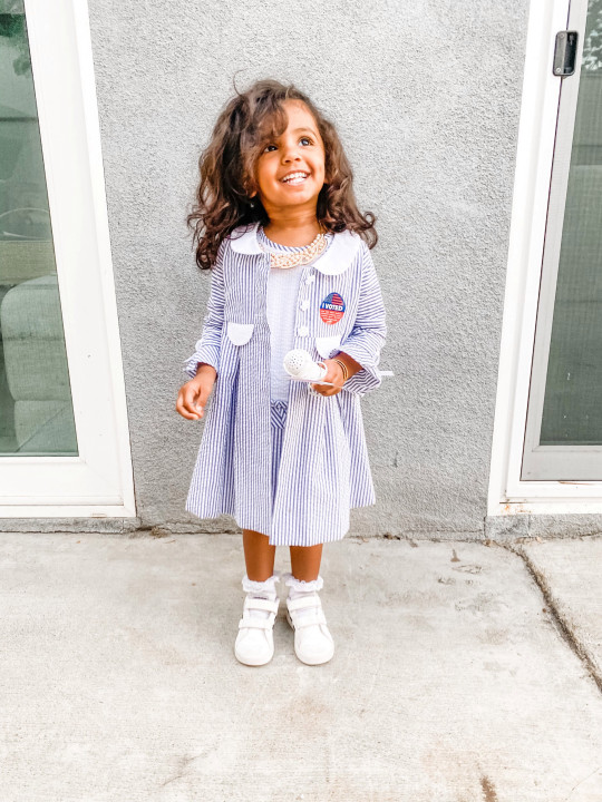 Two-year-old Kashe Quest who can identify all 50 US states, recognise elements on the periodic table and is even learning to read before she's even started nursery. See SWNS story SWOCmensa. Meet the smartest toddler in the USA who has been accepted as the youngest member of Mensa - with an IQ of 146. Two-year-old Kashe Quest can identify all 50 US states, recognise elements on the periodic table and is even learning to read, all before she's even started nursery. Parents Sukhjit Athwal and Devon Quest decided to test her IQ when they noticed their daughter's impressive memory. They were astonished her score was 146. The average IQ of an American is 98.