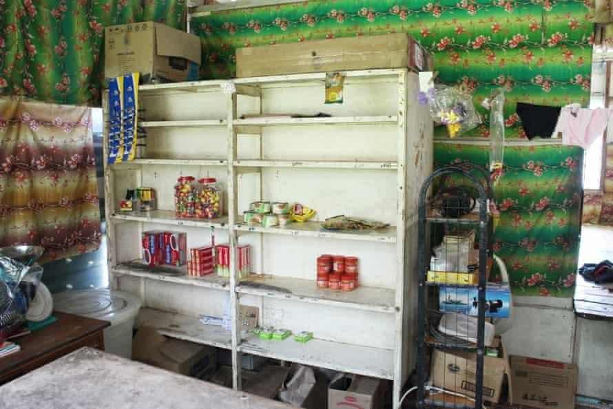 Empty store shelves on Banaba