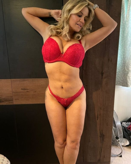 Kerry Katona's daughters take pics of her for OnlyFans