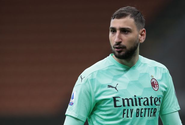 MILAN, ITALY - MAY 01: Gianluigi Donnarumma of AC Milan looks on during the Serie A match between AC Milan and Benevento Calcio at Stadio Giuseppe Meazza on May 01, 2021 in Milan, Italy. Sporting stadiums around Italy remain under strict restrictions due to the Coronavirus Pandemic as Government social distancing laws prohibit fans inside venues resulting in games being played behind closed doors. (Photo by Emilio Andreoli/Getty Images)