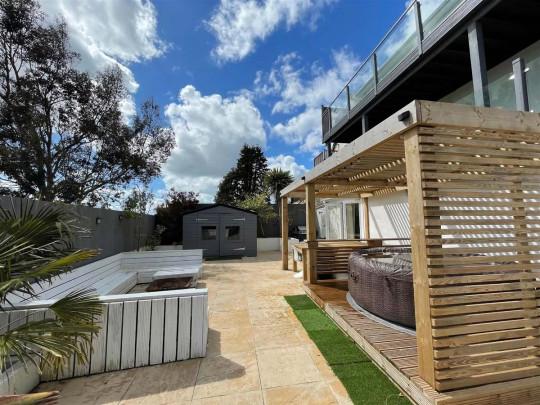 Five-bedroom detached house, Llanelli, Wales, £550,000 - outdoor space