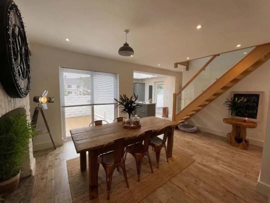 Three-bedroom detached house, Swansea, Wales, £260,000 - living room