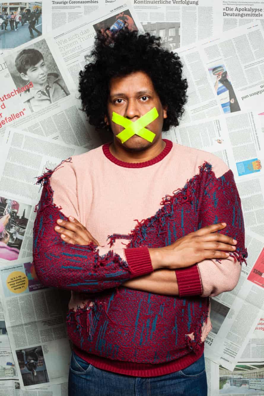 Javier, a Nicaraguan journalist, lives in Hamburg, Germany.