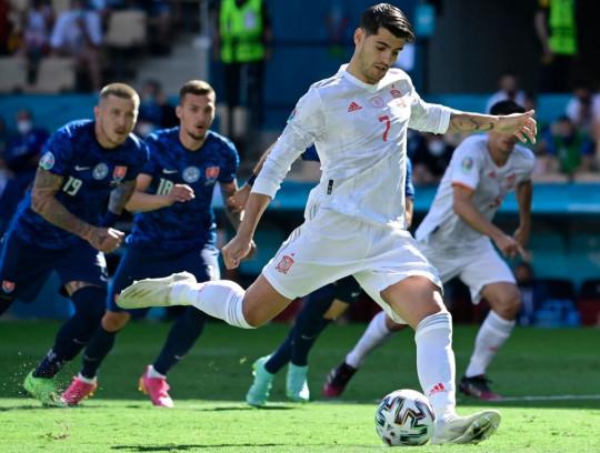 FBL-EURO-2020-2021-MATCH33-SVK-ESP