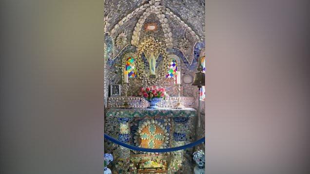 Take a peek inside the teeny-tiny Little Chapel
