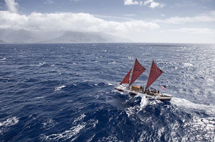 Vaka Moana on its voyage to Hawaii, Auckland and Tahiti in 2011.