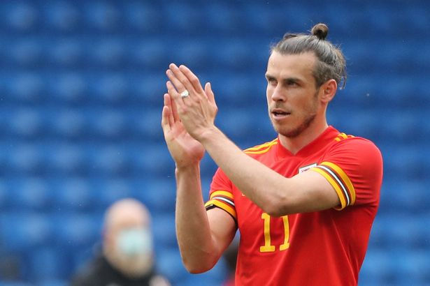 Gareth Bale applauds Wales fans after the draw with Albania