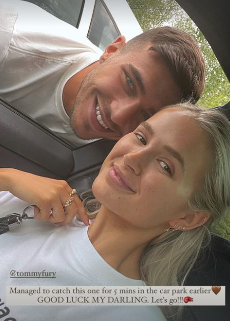 Molly-Mae Hague and Tommy Fury selfie