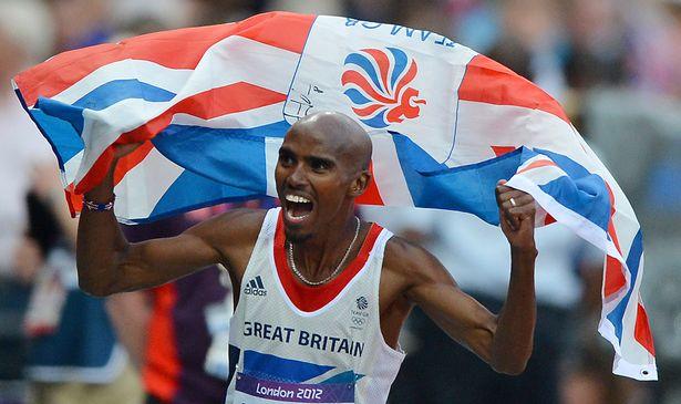 Mo Farah celebrates after winning men's 5000m final at London 2012 Olympics