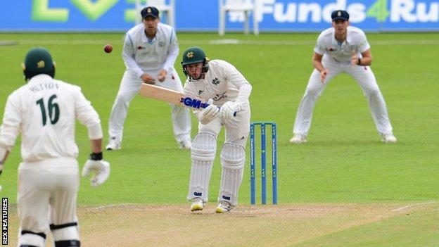 Dane Schadendorf, made 22 and took four catches on his first-class debut as Ben Duckett's overnight replacement at Trent Bridge