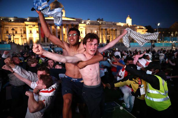 Cheering Kane's goal in Trafalgar Square
