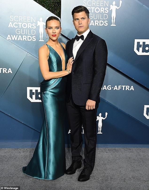 She has class: The star with her husband Johansson Colin Jost at the SAG awards