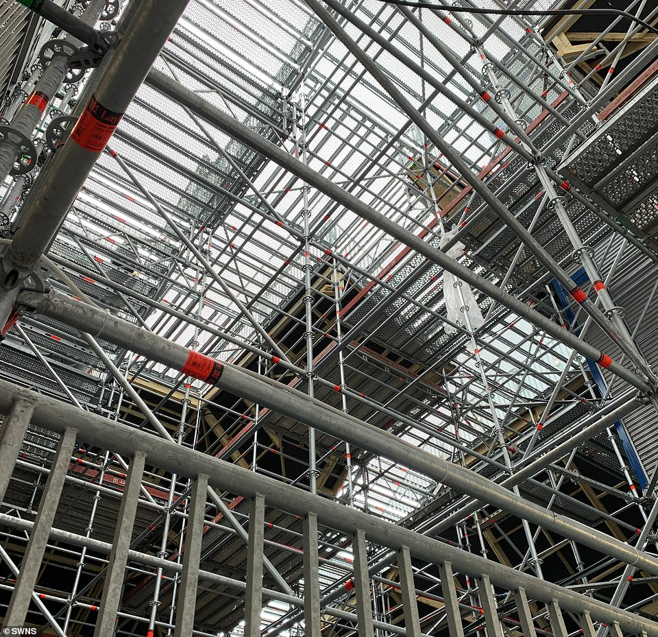 Inside the mound, which visitors see as they exit the attraction, features a complicated scaffold structure