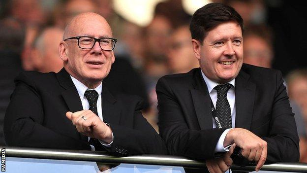 Derby chief executive Stephen Pearce (right) and owner Mel Morris