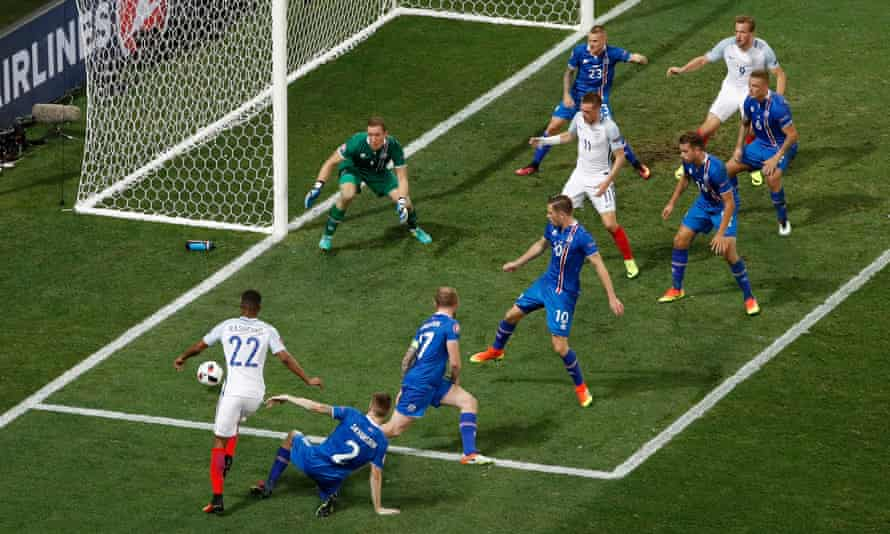England finished with four strikers – Rashford, Vardy, Kane and Sturridge – but no plan in their Euro 2016 defeat by Iceland.