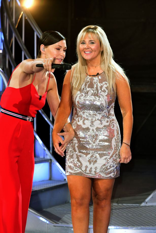 Rebecca Jane (R) appeared on Big Brother in 2017
