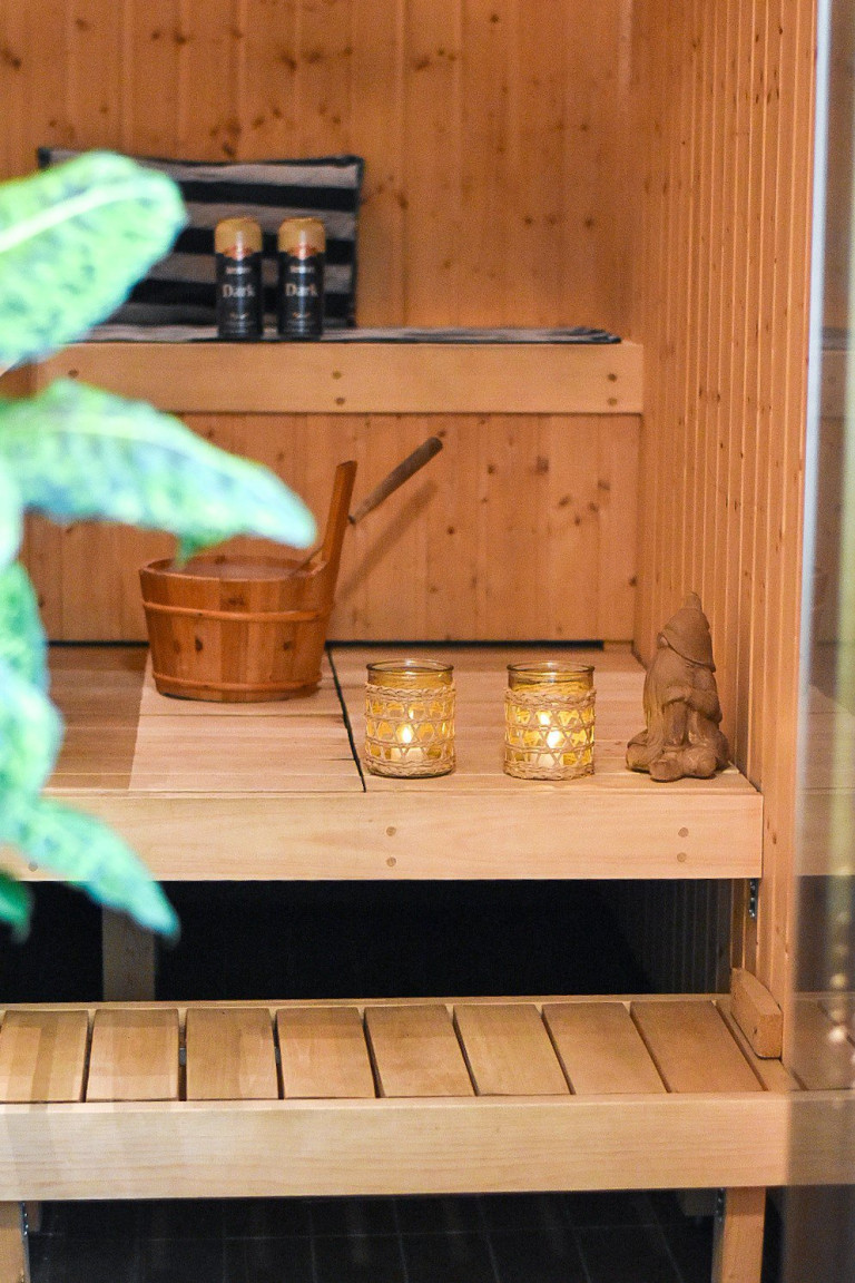 What I Rent: Henna, Finland - sauna in the apartment