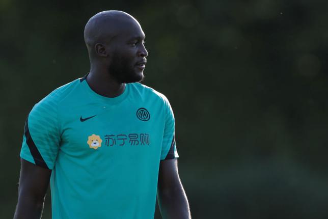Chelsea transfer target Romelu Lukaku looks on in Inter Milan training