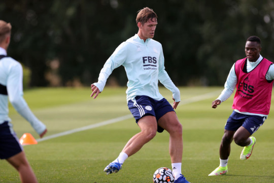 Vestergaard looks on in Leicester training