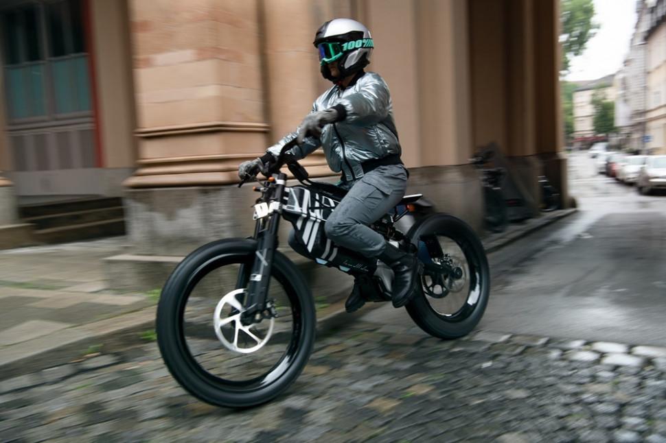 BMW Motorrad Vision.jpg