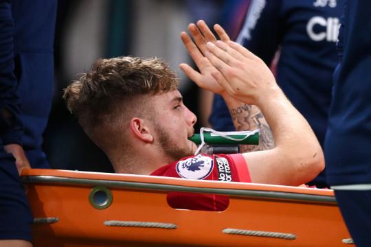 Elliott was taken to hospital for further medical attention.