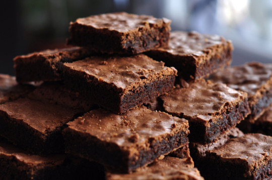 A pile of chocolate brownies
