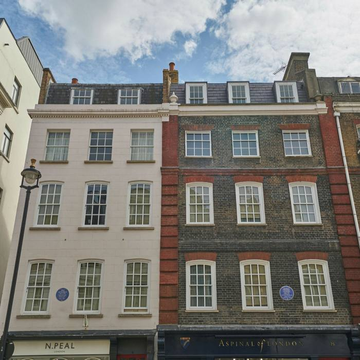 Good neighbours: blue plaques to Jimi Hendrix and George Frederic Handel in Brook Street, Mayfair
