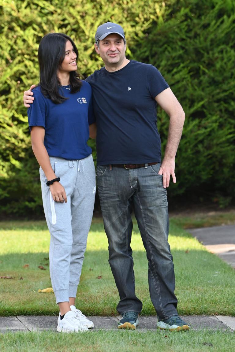 Emma Raducanu and her dad on her return to UK