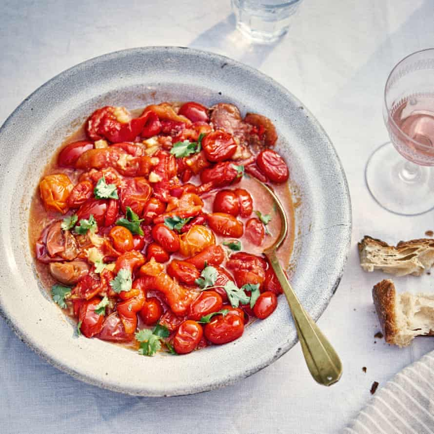 Red pepper and tomato salad.