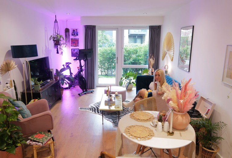 What I Rent: Georgia, £1,000 a month for a one-bedroom flat in Addlestone, Surrey - living room view