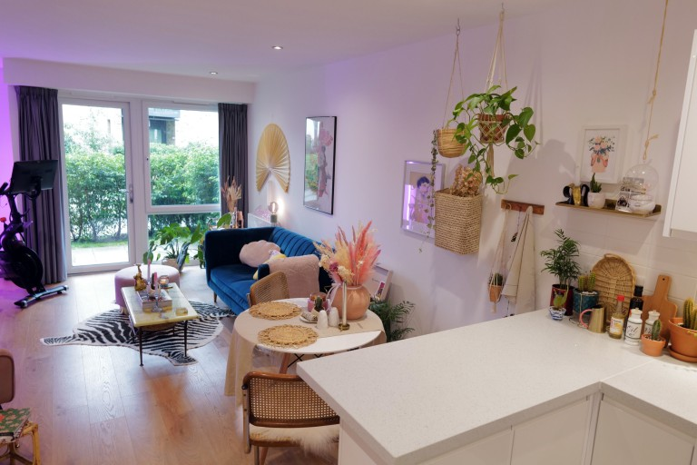 What I Rent: Georgia, £1,000 a month for a one-bedroom flat in Addlestone, Surrey open plan kitchen living room