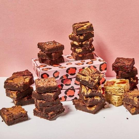 Cake or death brownie box