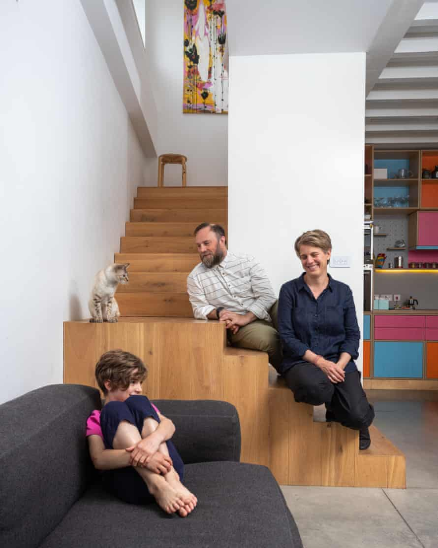Owners Melanie Schubert, Paolo Vimercati and daughter Ava: the sofa is from Danish brand hay.dk.