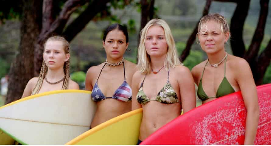 Mika Boorem, Michelle Rodriguez, Kate Bosworth and Sanoe Lake in Blue Crush.