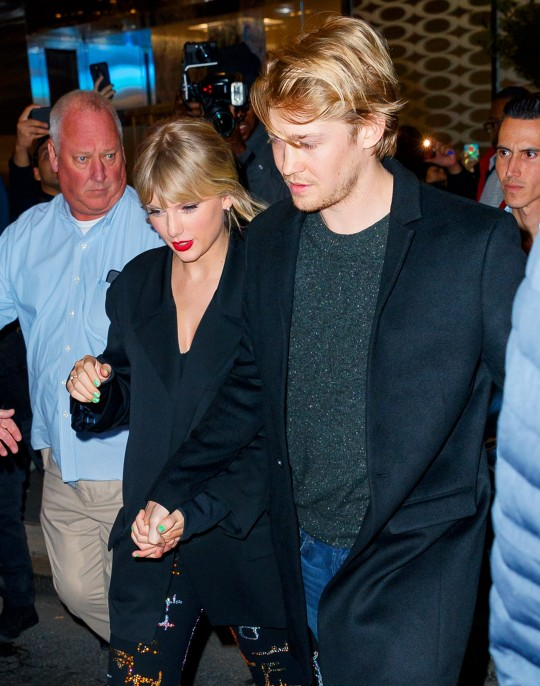 NEW YORK, NEW YORK - OCTOBER 06: Taylor Swift and Joe Alwyn depart Zuma on October 06, 2019 in New York City. (Photo by Jackson Lee/GC Images)