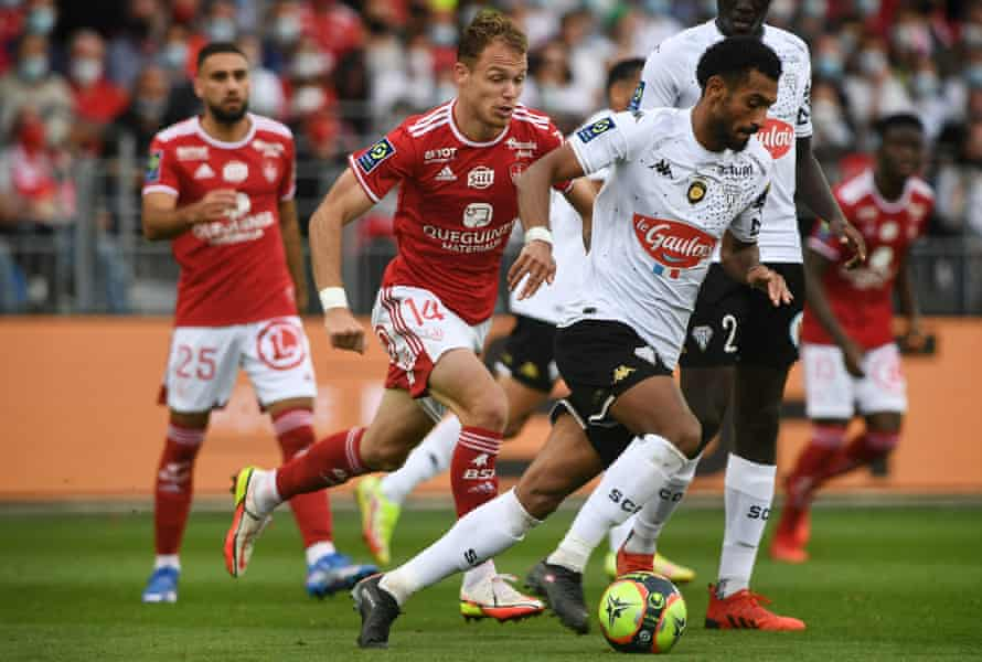 Angers midfielder Angelo Fulgini ano the ball during the draw with Brest at the weekend.