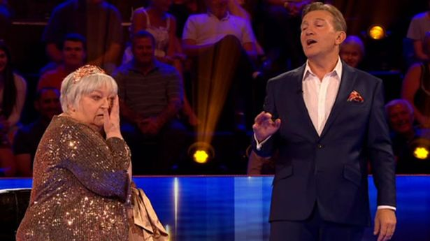 Bradley Walsh left open-mouthed as Beat The Chasers contestant wins £40k