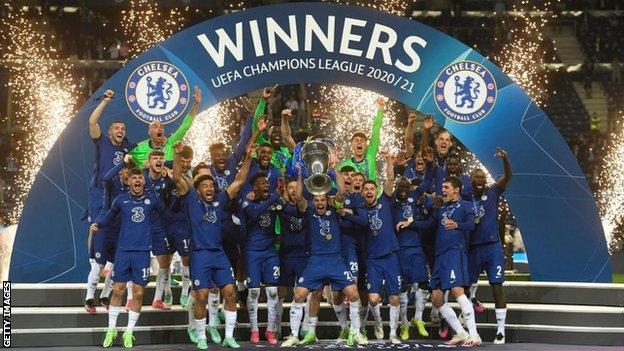 Chelsea celebrate winning the Champions League in 2020-21