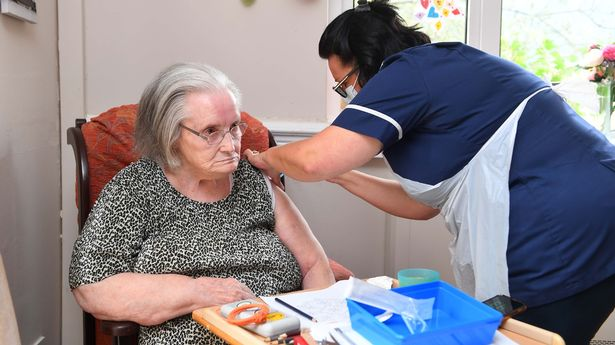 Anne Webb, 85, is the first person in the UK to receive a COVID-19 booster vaccination.